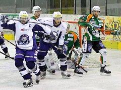 Berounští hokejisté vyhráli v Mostě 7:2.