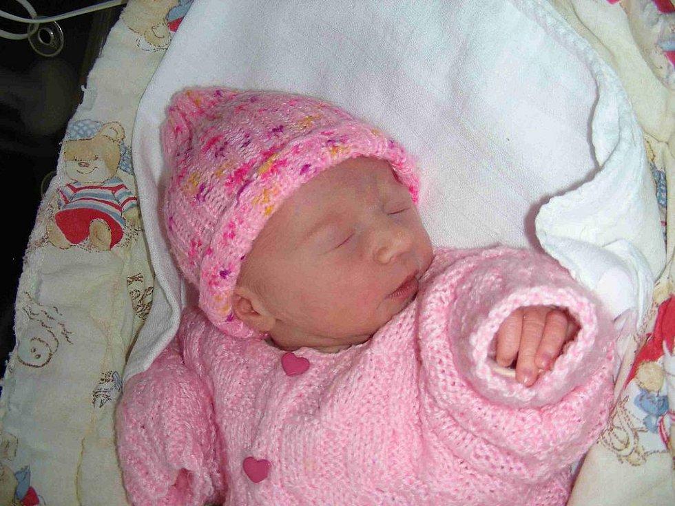 V neděli 17. ledna se stali podruhé rodiči manželé Máca a Ráca Pavlisovi z Králova Dvora. V ten den se jim narodila princezna Andrejka s váhou 2,49 kg a mírou 47 cm. Kočárek s malou Andrejkou bude vozit sestřička Kristýnka (2,5).