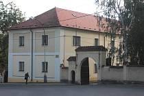 Objekt starého zámku může být již brzy ve vlastnictví města Hořovice.