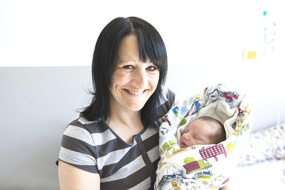 Karel Krytinář z Milovic se narodil v nymburské porodnici 31. května 2021 ve 13.01 hodin s váhou 3200 g a mírou 48 cm. Prvorozeného chlapečka očekávala maminka Lucie a tatínek Karel.