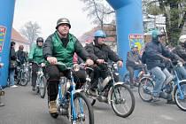 Spanilá jízda mopedistů Žebrák 2013