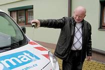 Berounský Senior Care získal sociální vůz