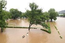 Rozvodněná Berounka - pondělí 3. června 2013.