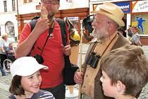 Oblíbený herec Arnošt Goldflam natáčel s dětmi v Berouně