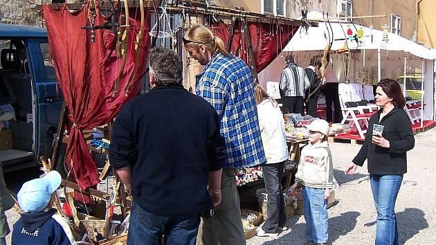 Králodvorský jarmark se koná každou sobotu.