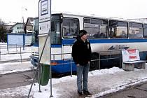 Hořovické autobusové nádraží je zatím bez přístřešků