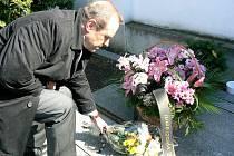 Tomáš Havel u hrobu Václava Talicha