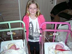 Velkou radost má osmiletá Andrejka Prüglová z Litně, které rodiče Lucie Veselá a Jiří Prügl pořídili 2. února 2016 dvě krásné sestřičky, Magdalénu a Adélu. Magdalenka vážila po narození 3,24 kg, měřila 49 cm a Adélčiny porodní míry byly 48 cm a 3,03 kg.