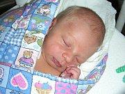 MANŽELŮM Kristýně a Janovi Beščecovým se 9. října 2017 narodilo první děťátko, syn Vít. Vítkovi sestřičky po příchodu na svět navážily 3,28 kg. Novopečená rodinka má domov v Berouně.