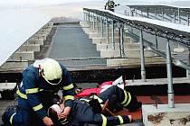 Hořovičtí hasiči měli tematické cvičení.