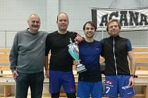Kvalitní turnaj odehráli nohejbalisté v hořovické hale.