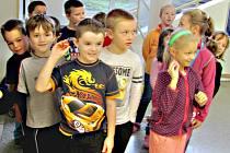 Školáci sbírají víčka pro Kubíčka
