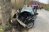 Dopravní nehoda u obce Mořina.