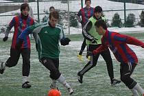 V semifinále se střetly dva celky z Příbrami. Green team nakonec na soupeře 1.FK nestačil