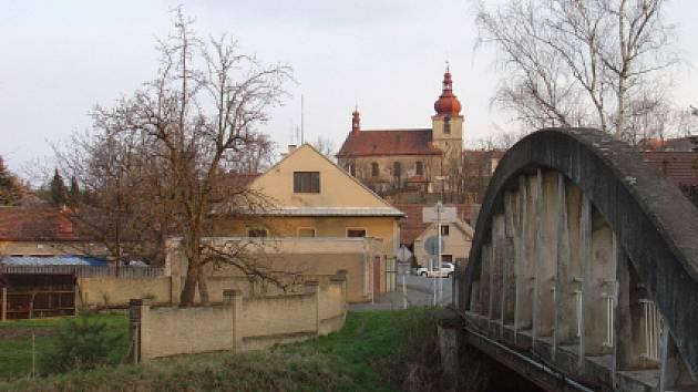 Oprava mostu v Praskolesích se odkládá