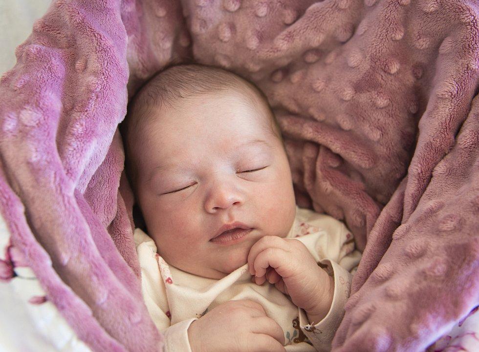 Štěpánka Kedlická se narodila v nymburské porodnici 28. května 2021 ve 21.23 hodin s váhou 3580 g a mírou 47 cm. S maminkou Věrou a tatínkem Patrikem bude prvorozená holčička bydlet Na Zavadilce ve Všejanech.
