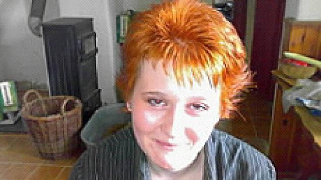 Policie pátrá po mladé dívce Ivě Majnerové