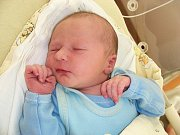 Manželům Radce a Janovi Kalošovým z Hýskova se 16. prosince narodil druhý syn a rodiče mu vybrali jméno Kryštof. Chlapeček vážil po porodu 3,49 kg a měřil rovných 50 cm. Kryštůfka bude dětským světem provázet bráška Honzík (3,5).