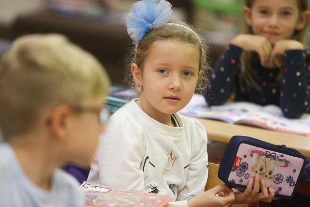 Prvňáčci ze Základní školy vHudlicích ve školním roce 2019/2020.