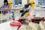 Miluješ? Daruj krev - hořovická transfuzní stanice připravila pro dárce valentýnskou akci