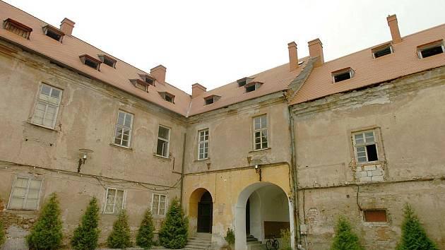 V zámku by město chtělo mít knihovnu
