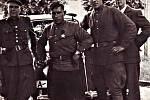 Vojáci na náměstí v Žebráku  v roce 1945.