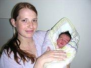 Jméno Lilly Hofmanová dali rodiče Veronika a Martin z Hořovic dcerce, která se rozhodla přijít na svět 26. dubna 2014. Lilly vážila po porodu rovné 3 kg a měřila 48 cm. Sestřičku budou dětským světem provázet sourozenci Erik (4) a Gabriel (2).