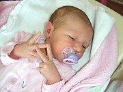 MANŽELŮM Evě a Tomášovi Tupcovým ze Starého Plzence se 12. května 2017 narodilo první miminko, holčička Evelína. Evelínce sestřičky na porodním sále navážily 3,12 kg a naměřily 51 cm.