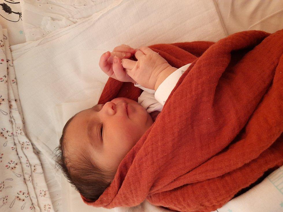 Merredith Vodička se poprvé na svět podívala 24. července 2021 v 11.27 hodin v čáslavské porodnici. Vážila 3000 gramů a měřila  48 centimetrů. Doma v Opatovicích n/L  ji přivítali maminka Lenka a tatínek Lukáš.