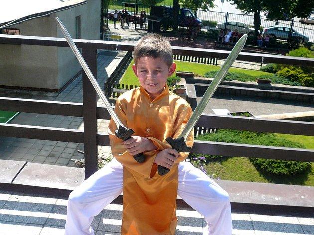 Na mistrovství republiky zvítězil David s choreografií Bojovník, která vznikla dva dny před soutěží.