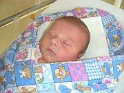NEJKRÁSNĚJŠÍ dárek dostala k svátku 17. srpna 2017 maminka Petra Malečková. V tento den přivedla na svět prvorozenou dceru Viktorii. Holčička vážila po narození 3,21 kg a měřila 49 cm. Tatínek Josef Maleček si manželku a dceru odvezl domů do Suchomast.