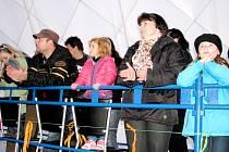 Místem bruslařských závodů, které pořádá Spartak Žebrák, je hořovický zimní stadion