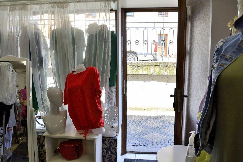 Butik Timefashion v ulici Česká v Berouně.