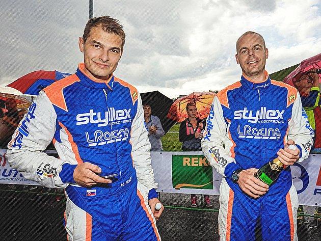 Posádka Martin Koči - Filip Schovánek dojela třetí v Pačejově.
