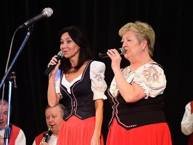 Další koncert, který se ve Zdicích uskutečnil na počest významného rodáka, přilákal zástupce všech generací.