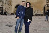 Jubilejní návštěvníci hradu Karlštejn.