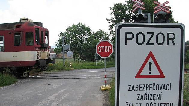 Úprava tratě odpojila signalizaci na přejezdech