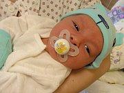 MAMINKA Renáta Germaničová z Hořovic přivedla na svět 11. dubna 2018 své první miminko, syna Lukáše Carvána. Lukášek v ten den vážil 3,41 kg a měřil 50 cm. Tatínek Lukáš Carván má ze syna velkou radost.