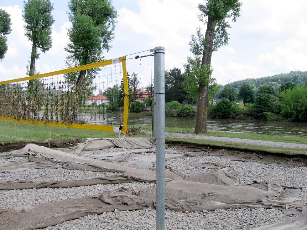 Voda řádila i v Autokempu Karlštejn