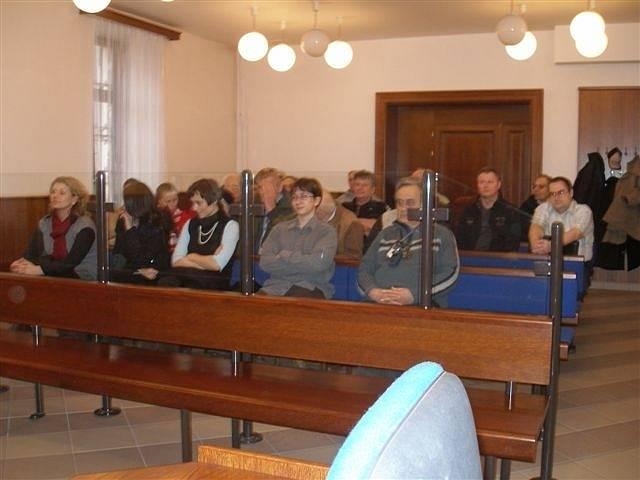 Krajský soud Praha: veřejnost