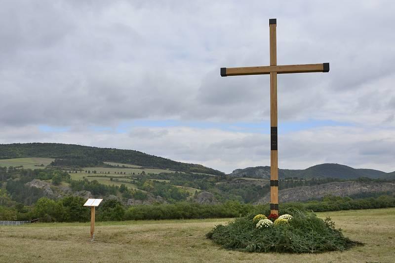 Svatá mše na Tetíně