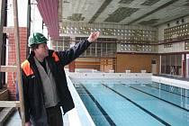 Na renovaci hořovického bazénu dohlíží Martin Blažek