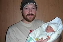 Druhé děťátko, dcerka Adélka se narodila 25. prosince 10 minut po 6. hodině manželům Silvii a Jiřímu Pileckým z Dobříše. Adélka vážila po porodu 3,75 kg a měřila 51 cm.  Adélka bude vyrůstat se sestřičkou Beátkou (2 r. 6 měs.).