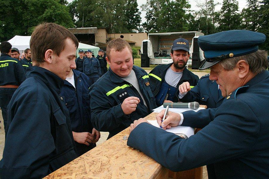 Oslavy 110. výročí drahlovických hasičů