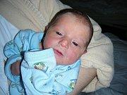 Jméno Samuel vybrali rodiče Simona Svojková a Martin Růžička pro prvorozeného syna, který se prvně rozkřičel do světa 17. ledna 2014. Samík vážil po porodu 3,09 kg a měřil 48 cm. Rodiče připravili pro synka postýlku a hračky doma v Hýskově.