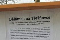 Vývěska 'Berounské zeleně' v Talichově ulici v Berouně.