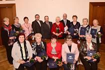 Z předávání diplomů absolventům Univerzity třetího věku v Králově Dvoře.