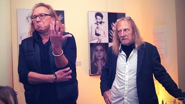 Slovo při zahájení výstavy si vzal fotograf Vladimír Gdovín (vlevo).