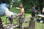 Kovadliny kovářů rozezní svinařský zámek