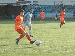 Domácí nastoupili v dalším přípravném zápasu v oranžovém.
